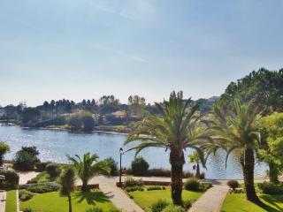 Lakeside apartment - beautiful lake view - Quinta do Lago vacation rentals