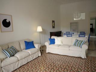 Il giardino di Oliver ground floor appartment - Mondello vacation rentals
