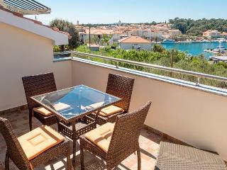 Apartments Grga Crveni 2+1, Island of Rab, Banjol - Banjol vacation rentals