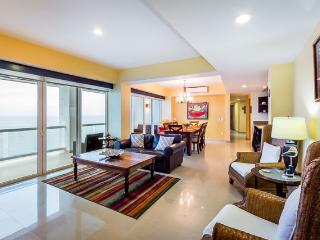Casa Shirley (B14) - Large Condo, Heated Pool, Sauna, Massage Room - Cozumel vacation rentals