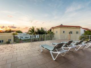 Villa Amigos - Scuba Pier, Steps to Ocean - Cozumel vacation rentals