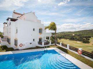 VALLE ROMANO MC CANN - Estepona vacation rentals