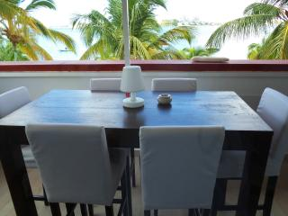 SUNSHINE... Adorable, very affordable beachfront condo on Simpson Bay Lagoon - Nettle Bay vacation rentals