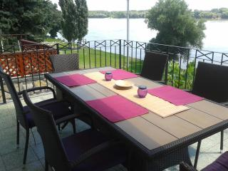 riverbank holiday house in Mohacs city - Mohacs vacation rentals