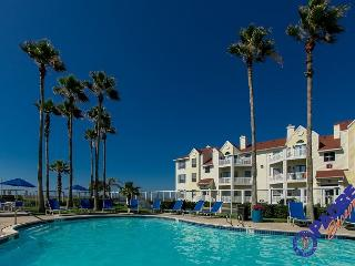 Coast Awhile is comfy one bedroom condo Close to the Beach! - Corpus Christi vacation rentals