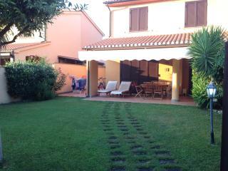 Villino in Residence Torre di Maremma - Montalto di Castro vacation rentals