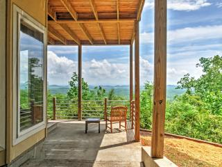 New Listing! Cozy 3BR Little River Canyon Home on 5 Acres w/Stunning, Sweeping Mountain Views - Experience Complete Privacy! - Gaylesville vacation rentals