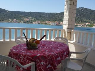 1 bedroom Apartment with Internet Access in Vinisce - Vinisce vacation rentals