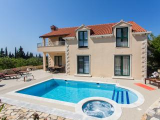 Villa Avoca - Three Bedroom Apartment with Two Balconies and Swimming Pool - Dubrovnik vacation rentals