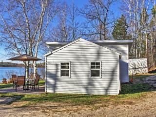 2BR Lakefront Pine River Cabin w/Fire Pit & Views - Pine River vacation rentals