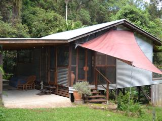 Turmeric Gardens Bed & Breakfast Piccabean - Palmwoods vacation rentals