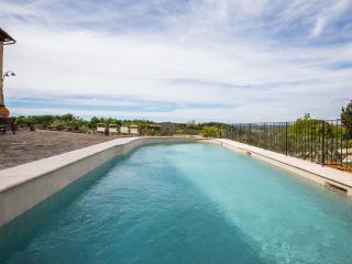 L'Olivo, appartamento panoramico - Tavarnelle Val di Pesa vacation rentals