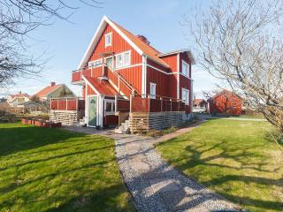Near university,4-room flat,90sqm - Orebro vacation rentals