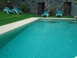 Romantic 1 bedroom Cottage in Sao Vicente with Hot Tub - Sao Vicente vacation rentals
