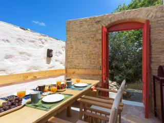 Bright 4 bedroom Cottage in Symi - Symi vacation rentals