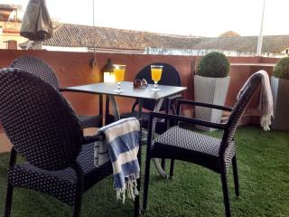 Apartment 4 people. free wifi. A/C Terrace. Old T. - Province of Seville vacation rentals