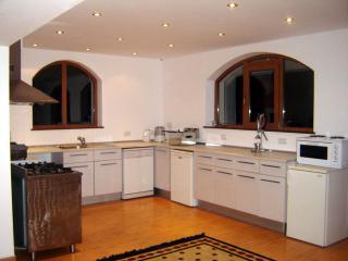 2 bedroom Condo with Internet Access in Kranevo - Kranevo vacation rentals