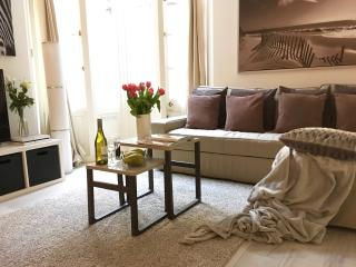 NEW!!! 3 BED COVENT GARDEN, 3 min subway! LUXURY! - London vacation rentals