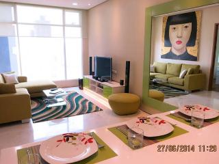2 BEDROOM CENTRAL 5 STAR APARTHOTEL - Kuala Lumpur vacation rentals