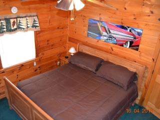 HOT ROD HIDEOUT- COME AND HIDEOUT WITH US! - Pigeon Forge vacation rentals