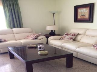 Beautiful Condo with Internet Access and A/C - Salou vacation rentals