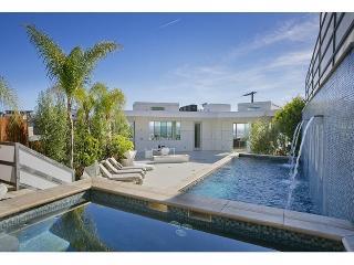 Hollywood Ultra Modern Mansion - Hollywood vacation rentals