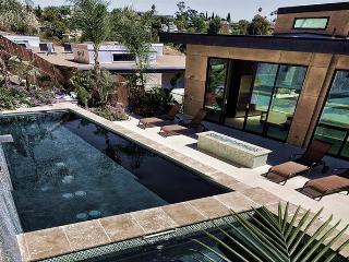 Modern Hollywood Hills Mansion - Hollywood vacation rentals