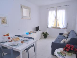 Casa Costanza, Aida - Nel borgo affacciato al mare - Capoliveri vacation rentals