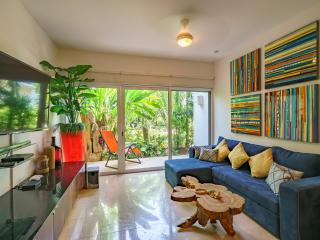 Papaya 15 Zen Modern Apartment in heart of Playa - Playa del Carmen vacation rentals