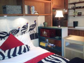 Romantic getaway with Spa treatments - Milford vacation rentals