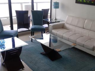 By Gvaldi - The Grand DoubleTree Miami 2/2 - Coconut Grove vacation rentals