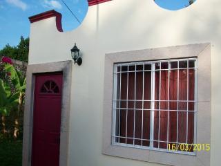 Charming, 2 Bedroom House in Magical Izamal, Yuc. - Izamal vacation rentals
