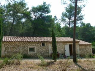 Nice House with Washing Machine and Television - Les Baux vacation rentals