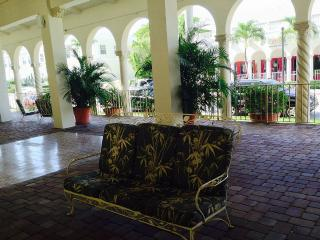 Palm Beach Hotel Condo Luxury Queen Studio - Palm Beach vacation rentals