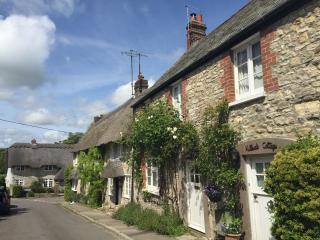 Dorset period cottage sleeps 6 - Osmington Mills vacation rentals