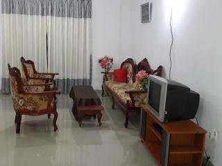 Cozy 2 bedroom Anuradhapura House with Long Term Rentals Allowed (over 1 Month) - Anuradhapura vacation rentals