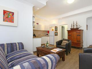 Perfect 1 bedroom Fish Hoek Apartment with Internet Access - Fish Hoek vacation rentals