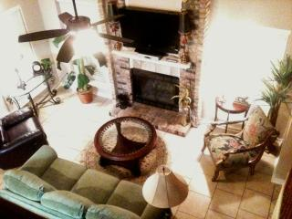 4 BR Townhouse in Very Desirable Area - Shreveport - Shreveport vacation rentals