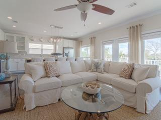 AS YOU WISH: Coastal Decor-Private Pool-Golf Cart - Miramar Beach vacation rentals