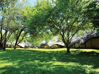 Nice 3 bedroom Lodge in Victoria Falls - Victoria Falls vacation rentals