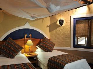 Cozy 3 bedroom Vacation Rental in Victoria Falls - Victoria Falls vacation rentals