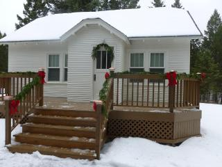 Perfect 3 bedroom Cottage in Kalispell - Kalispell vacation rentals
