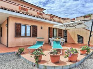Convenient 1 bedroom House in Capoliveri with Television - Capoliveri vacation rentals