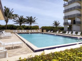 Recently Renovated 2BR Jensen Beach Oceanfront Condo w/Private Balcony & Amazing Ocean Views - Direct Beach Access! - Jensen Beach vacation rentals