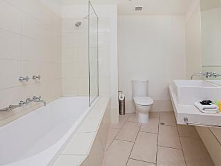 Waterfront Apartments Melbourne 2 bedroom luxury-5 - Melbourne vacation rentals
