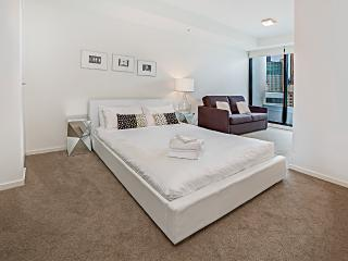 Waterfront Apartments Melbourne 2 bedroom luxury3 - Melbourne vacation rentals