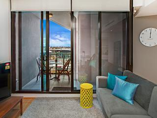 Waterfront Apartments Melbourne 1 bedroom luxury-1 - Melbourne vacation rentals