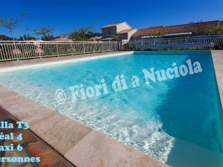 Bright 2 bedroom Villa in Cervione with Internet Access - Cervione vacation rentals
