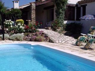 South France villa with pool near Beziers (Ref: 377) - Béziers vacation rentals