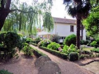 House to rent in France, Haut Languedoc (Ref: 465) - St Gervais sur Mare vacation rentals